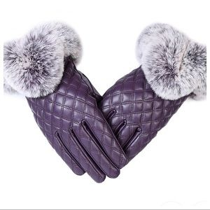 Accessories - Elegant Touch Screen Winter Gloves!!! ☃️🧣🧤☕️